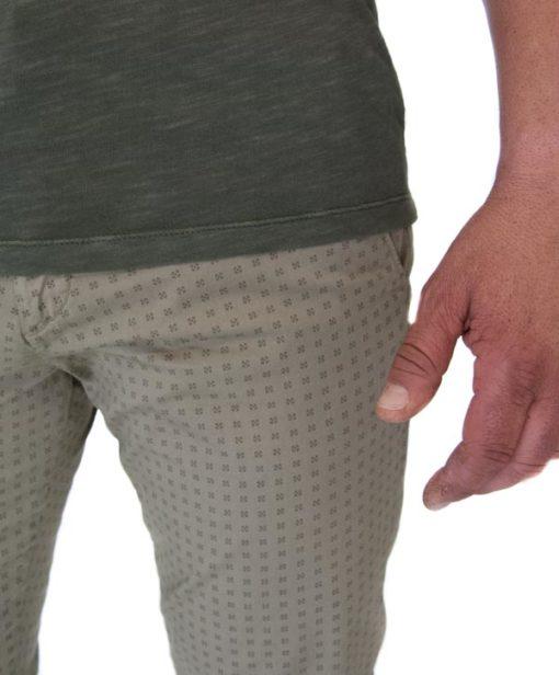 Guess pantalone slim leggero-1