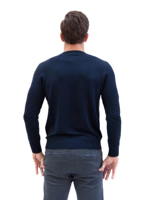 Maglioncino tinta unita blu da uomo Armani jeans visto da dietro