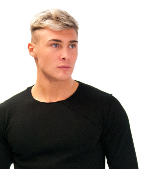 BESILENT- maglione girocollo nero taglio vivo-1
