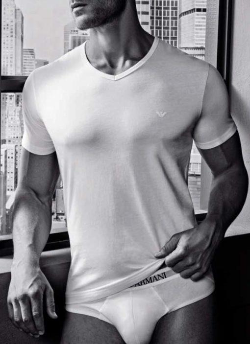 Maglietta Emporio Armani da uomo in cotone scollo a v-3