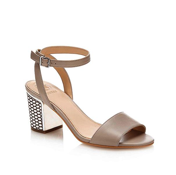 scarpa Guess da donna con tacco lavorato largo