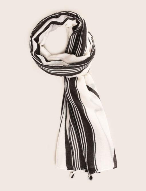 Armani Exchange foulard con scritta nera
