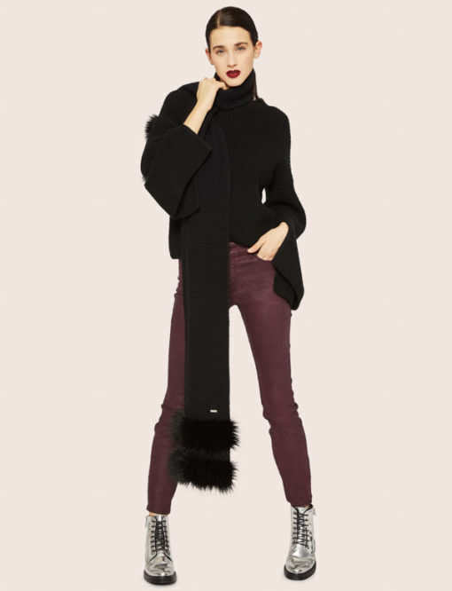 Armani Exchange sciarpa donna nera con pelliccia -1