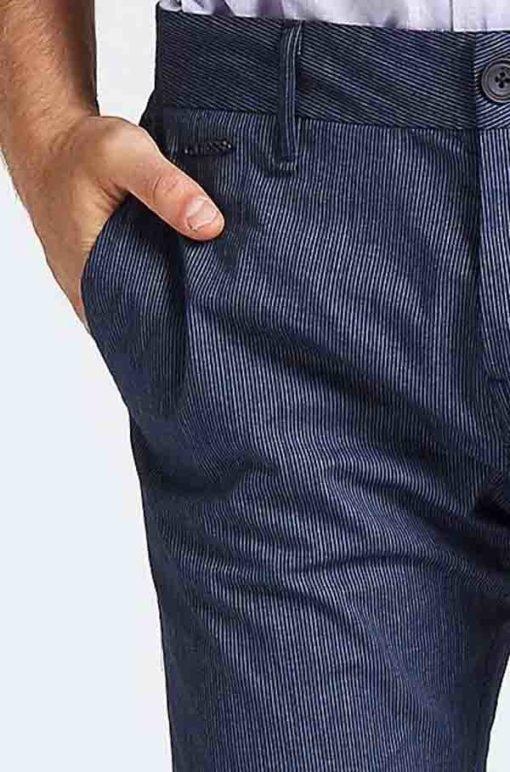 GUESS Pantalone da uomo blu con riga sottile-3