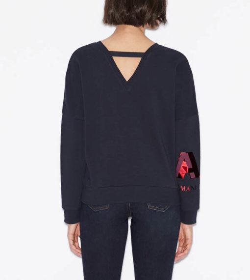 Felpa donna Armani Exchange girocollo blu con logo rosso sul braccio-1