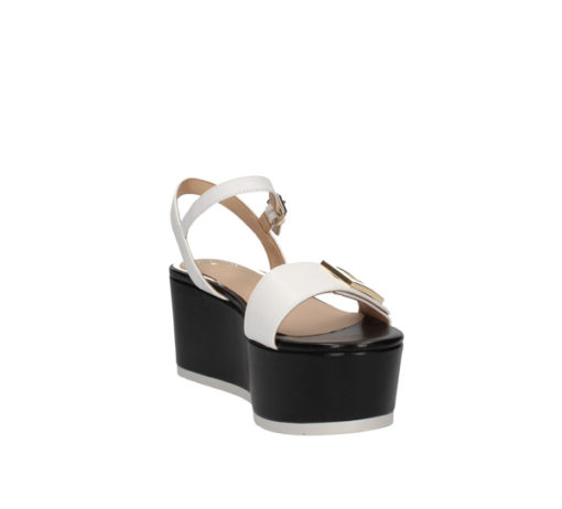 Sandalo a zeppa Guess in pelle bianca con para nera-5