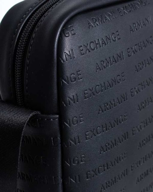 Armani Exchange borsa uomo con logo frontale all over-2