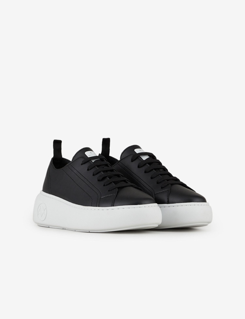 Armani Exchange sneakers in pelle nera da donna con para alta-1