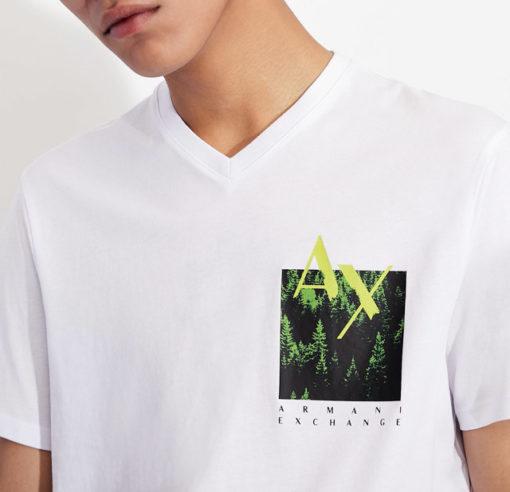 T-shirt bianca scollo a V Armani Exchange da uomo-1